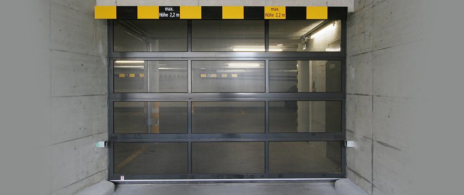 Einstellhallen Sektionaltor Federlos Aussenaufnahme geschlossen